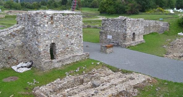 Ploners bedeutendster Fund war die Stadtmauer der Römersiedlung östlich von Lienz.