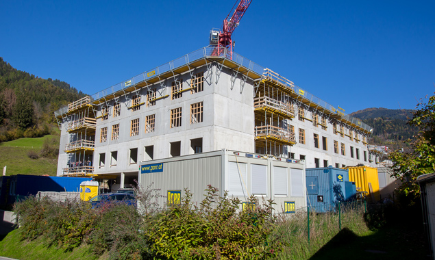 Das Wohn- und Pflegeheim soll im Herbst 2016 in Betrieb gehen. Fotos: Brunner Images