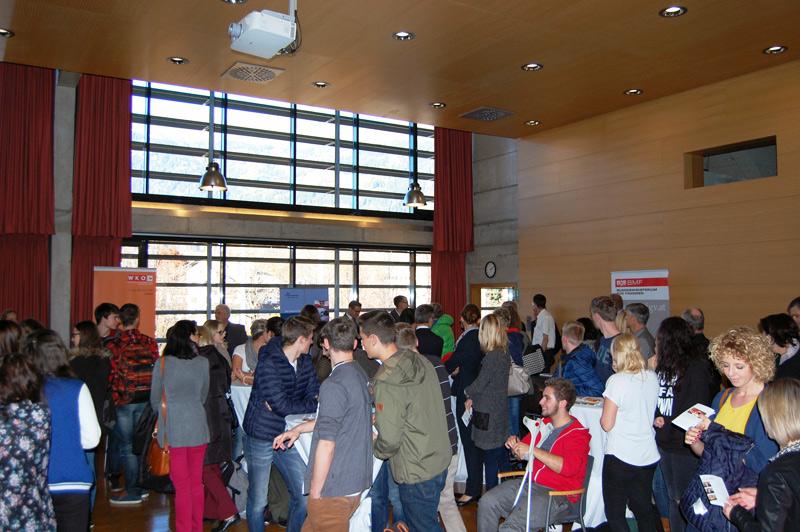 Auch Schüler kamen zu der Veranstaltung, um Ideen für die Zukunft zu erhalten.
