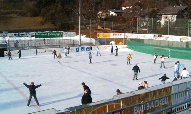 Aufgrund der niedrigen Temperaturen steht der Eislaufsaison in Lienz nichts mehr im Wege. Foto: Stadt Lienz