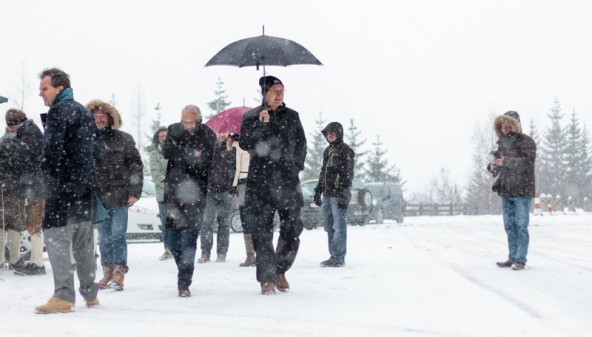 Beim Südportal des Felbertauern pfiff dem Einweihungskomitee, angeführt von FAG-Vorstand Karl Poppeller, ein recht eisiger Schneesturm um die Nase.