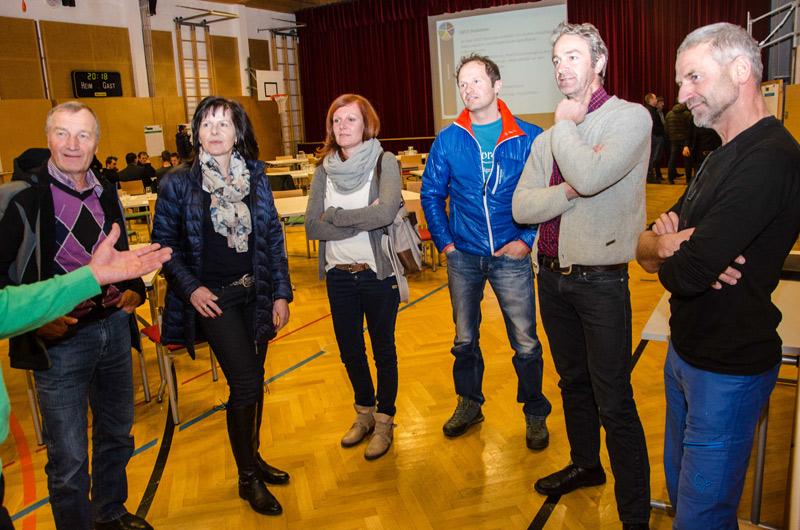 Die Virger zeigten großes Interesse an den Präsentationen. Fotos: Franz Holzer