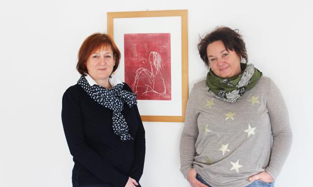 Gabriele Lehner (Bildungshaus Osttirol) und Gina Streit (Regionalmanagement Osttirol) ist der Politiklehrgang zwar Teil ihrer Arbeit, doch sie engagieren sich auch weit darüber hinaus für die Vernetzung von Frauen. Foto: BHO/Bernadette Überbacher