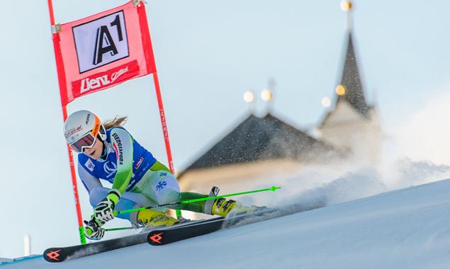 Völlig überraschend für die Slowenin Ana Drev im ersten Durchgang an die Spitze. Fotos: EXPA/Michael Gruber
