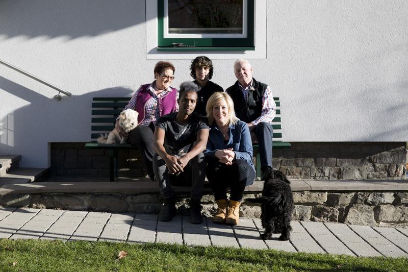 Inzwischen ist das Zusammenleben fast schon wie in einer Familie. Fotos: Ramona Waldner