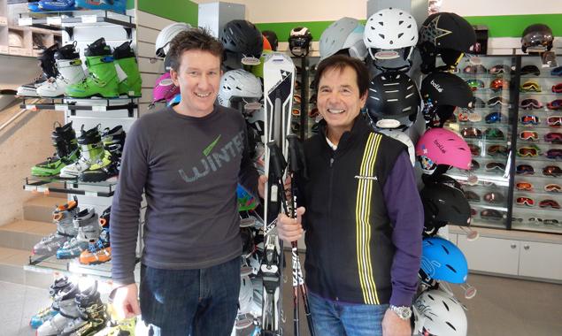 Unglaubliche Kondition und sehr viel Durchhaltevermögen bewies Johann Zraunig, im BIld rechts, neben Sponsor Harald Defregger. Foto: Lienzer Bergbahnen