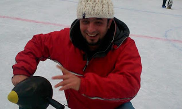 Aller Anfang ist schwer – auch beim Eislaufen, doch Spaß machte der gemeinsame Versuch trotzdem.
