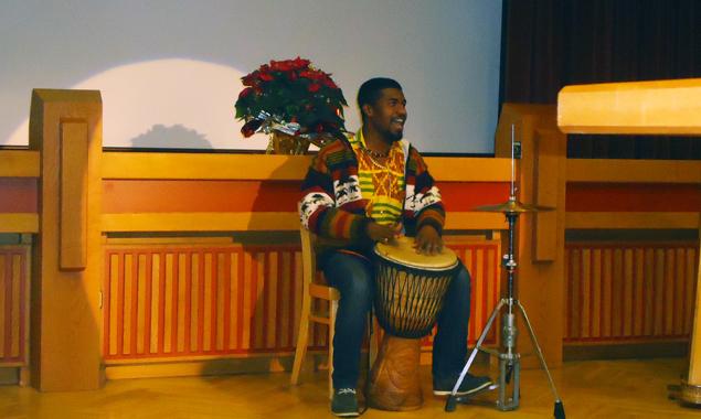 Auch äthiopische Musik war bei der Zusaemmenkunft zu hören.
