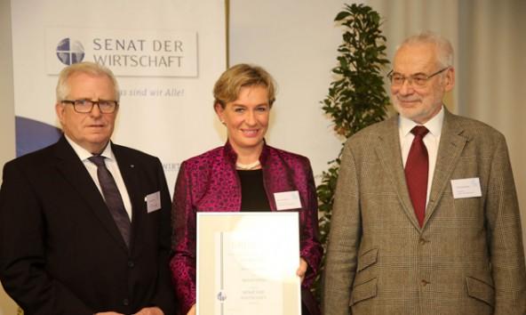 Von links.: Dieter Härthe (Vorstand Senat der Wirtschaft), Ulrike Ischler (GreenSmile GmbH/mysalifree) und Erhard Busek (Präsident Senat der Wirtschaft). Foto: Franz Johann Morgenbesser