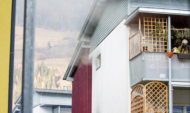Die Feuerwehr bemühte sich, den Brand rasch unter Kontrolle zu bringen. Fotos: Brunner Images