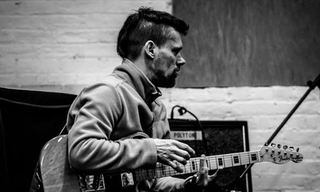 Der Tiroler Gitarrist und Sänger Martin Philadelphy wird mit seinem Kollegen Osgood in Lienz Musik präsentieren, die in jeder Weise mitreißend ist. Fotos: UmmiGummi