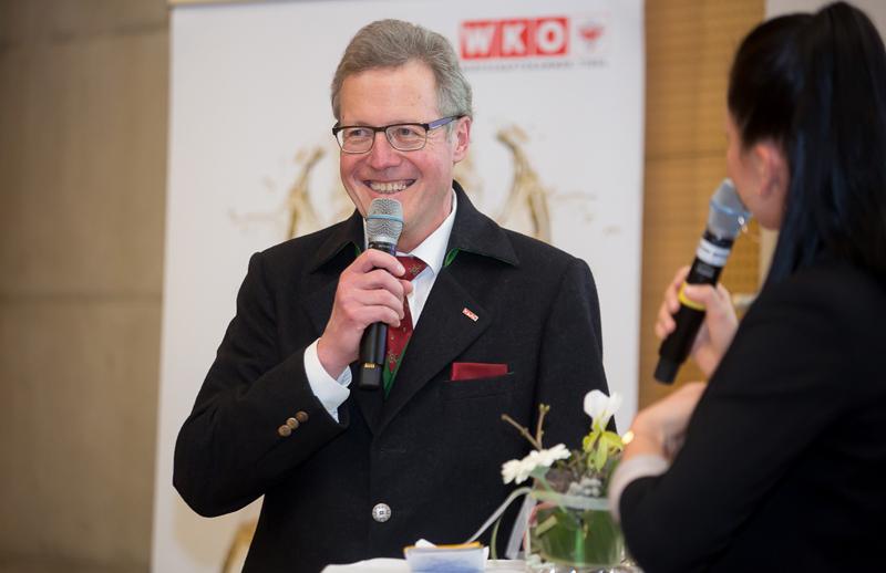 WK-Bezirksstellenobmann Michael Aichner legt großen Wert auf maßgeschneiderte Bildungsoffensiven in Osttirol.