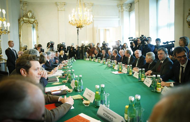 Beim Gipfel wurde eine restriktivere Aufnahmepolitik für Menschen auf der Flucht beschlossen.