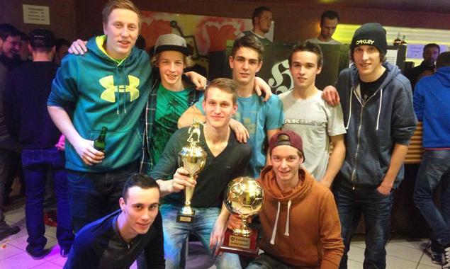 Die stolzen Gewinner nach einem turbulenten Turniertag. Fotos: Jesacher