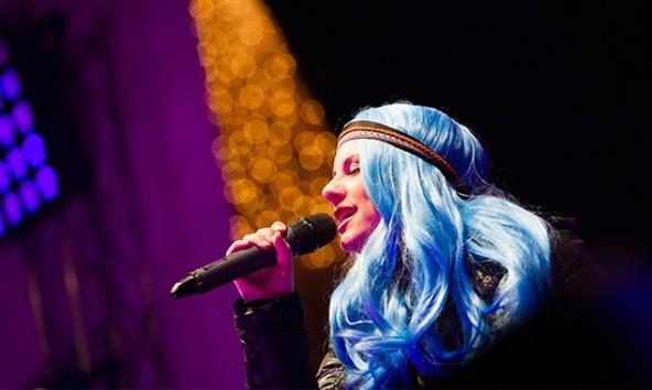 Sara Koell ist unter den letzten fünf KandidatInnen für den zehnten Platz des ORF-Songcontest-Livecastings. Foto: Expa/Gruber