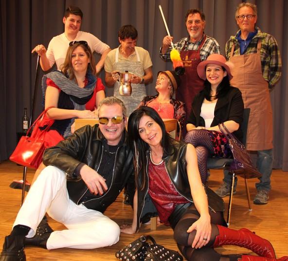 """""""Club der Pantoffelhelden"""" – Theaterpremiere am 11. März im Kultursaal Debant"""