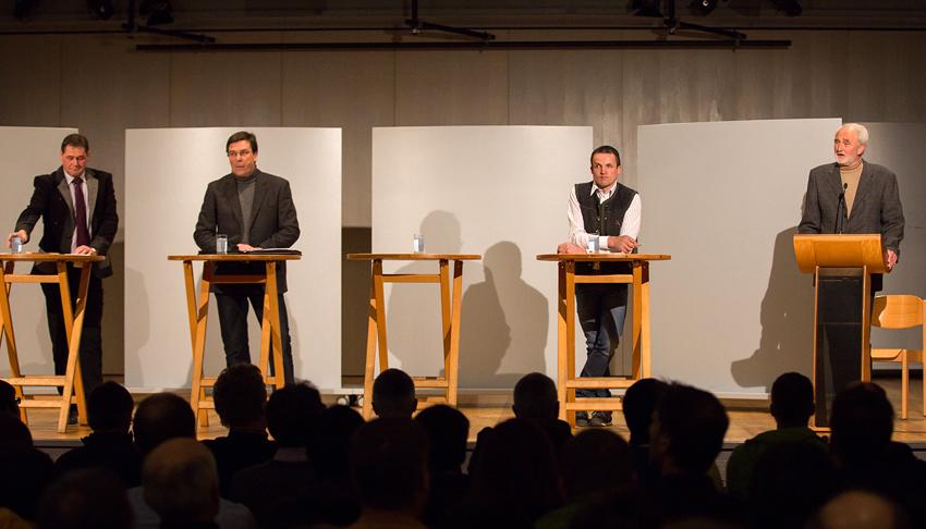 Dr. Adalbert Jordan (rechts) mit den Listenführern Josef Kollreider, Johann Waldauf und Josef Gietl (Foto: Julian Kollreider)