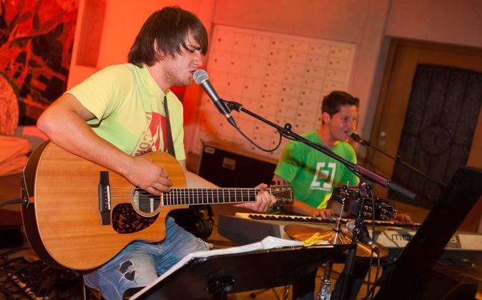 """Simple Live"" rockt die Pizzeria am Rosenmontag."
