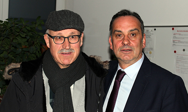 Der neue Bürgermeister Hermann Mitteregger (rechts) und der alte und neue Vizebürgermeister Anton Calovi. Foto: Dolomitenstadt/Gietl