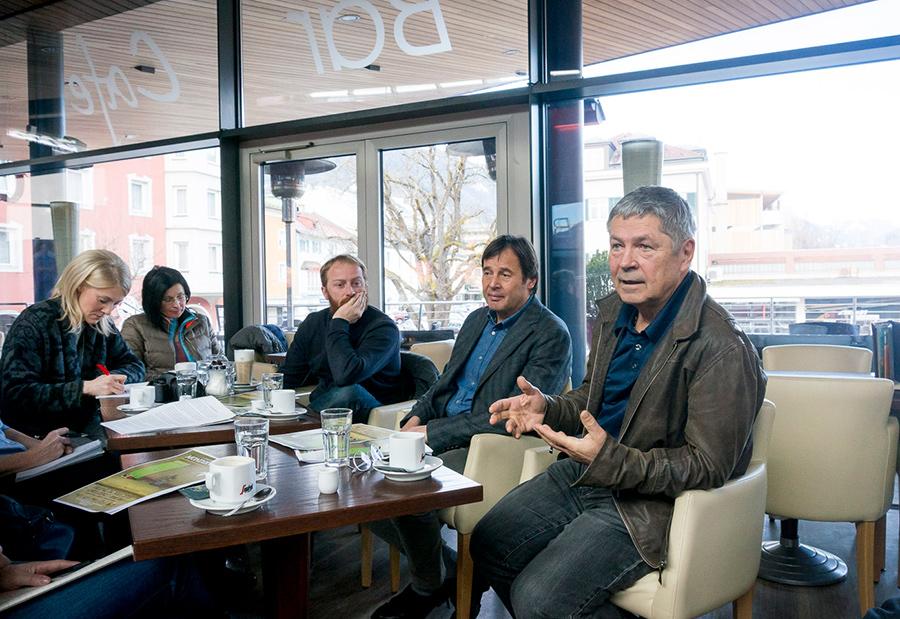 Alexander Papsch, Harald Haider und Franz Krösslhuber erläutern Details zur filmischen Projektpräsentation im CineX. Fotos: Martin Lugger