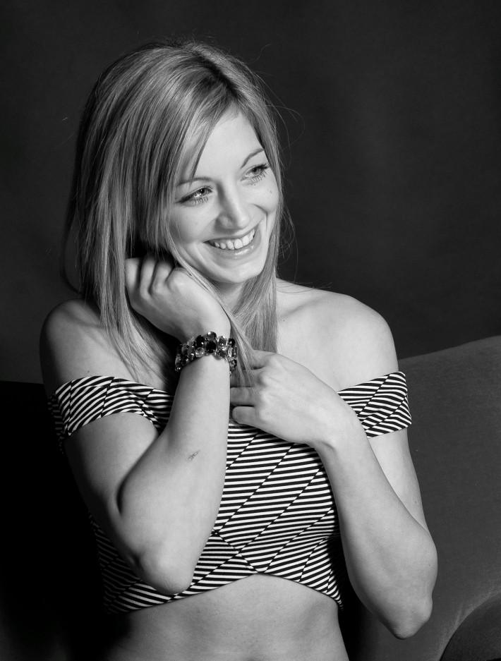 """Carmen Wagner stammt aus Osttirol, ist Volksschullehrerin in Graz und will in Kitzbühel """"Miss Tirol"""" werden. Fotos: Fritz Mitterer"""