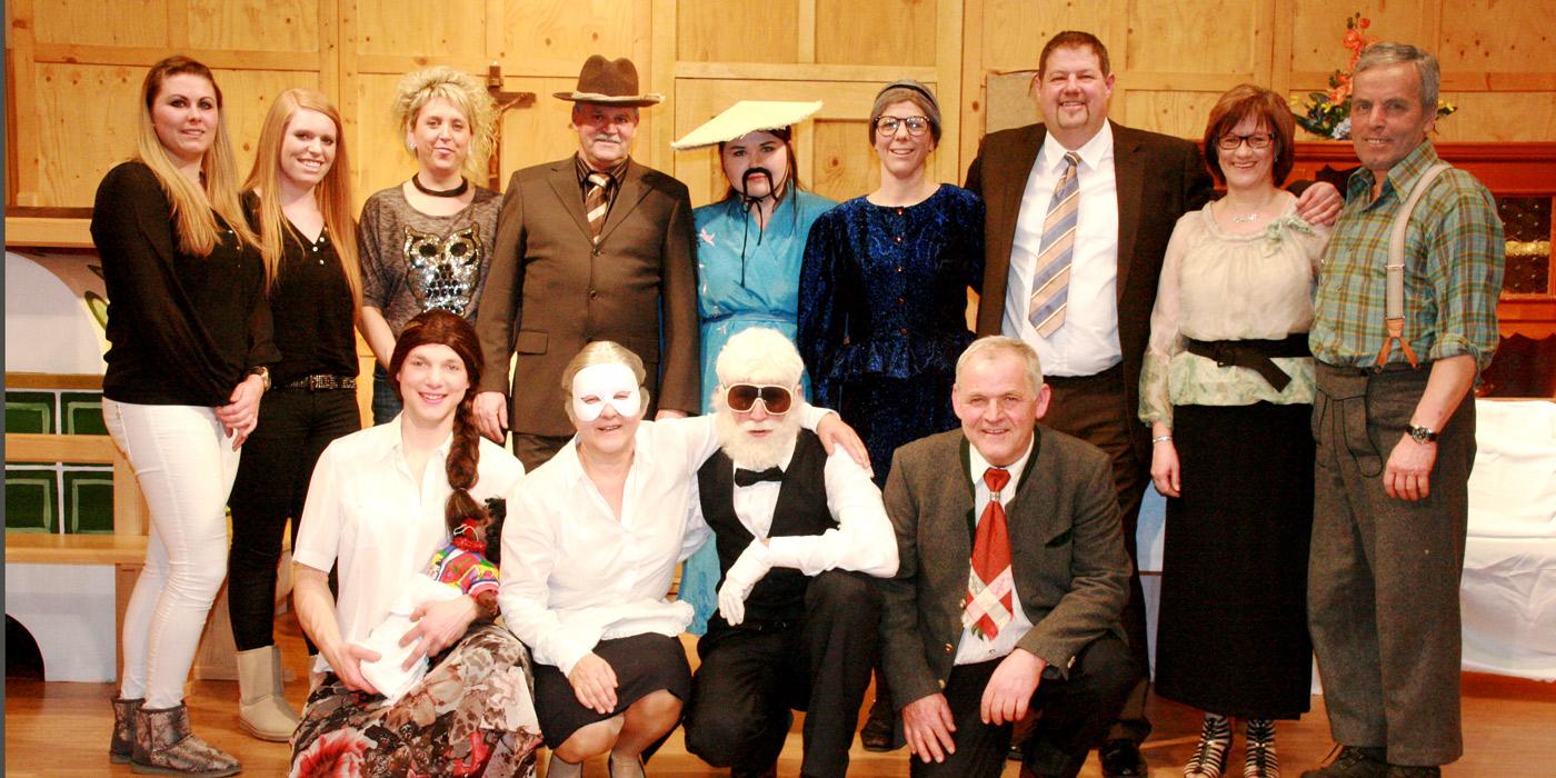 theaterverein-hopfgarten-Gruppe2016