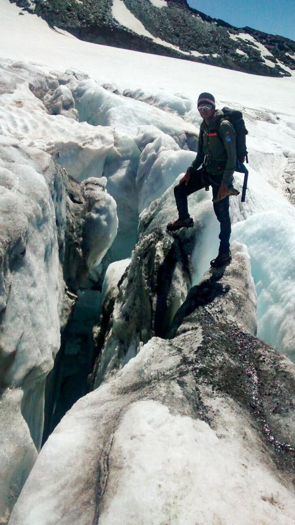 bergretter-gletscherspalte-teischnitzkees