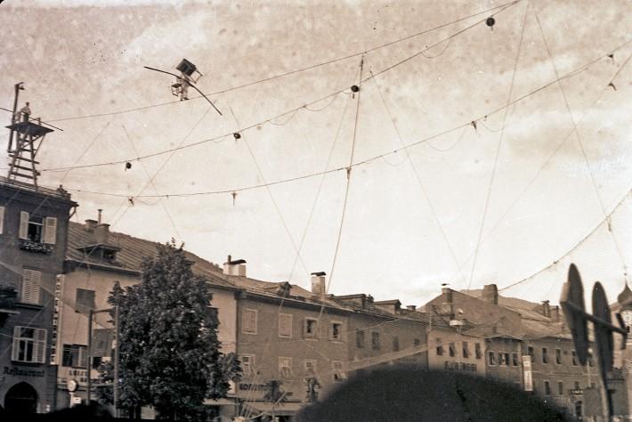 akrobatik-hauptplatz-lienz-1937